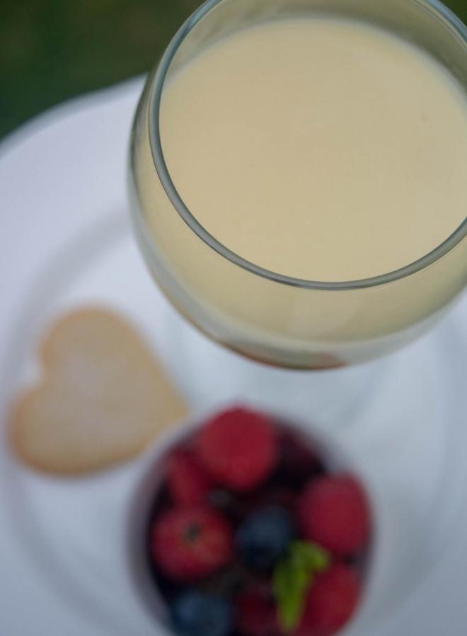 desert-lemon-posset-fruit-2